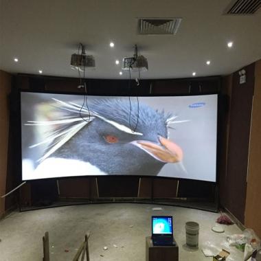 弧形金属硬幕展示厅应用