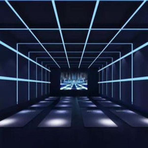 沉浸式投影系统为企业展厅投影融合