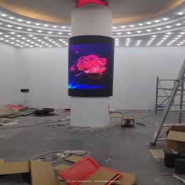 室内圆柱屏,P2.5软模组LED显示屏完工