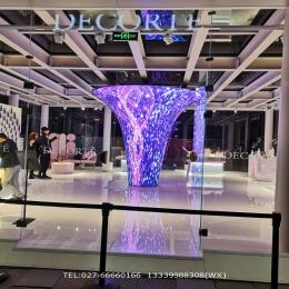 高端商业品牌店圆弧形创意LED全彩显示屏P2