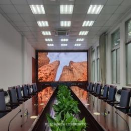 大学会议室P1.25小间距LED显示屏完工